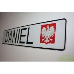 Tablica tłoczona o wymiarze polskiej rejestracji - z wytłoczonym napisem